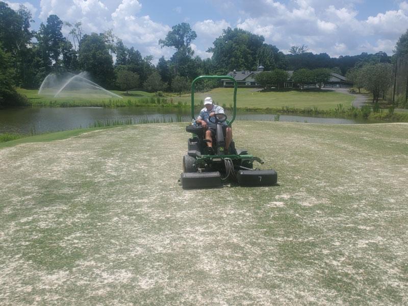 Maintaining Bermudagrass on Hole #18